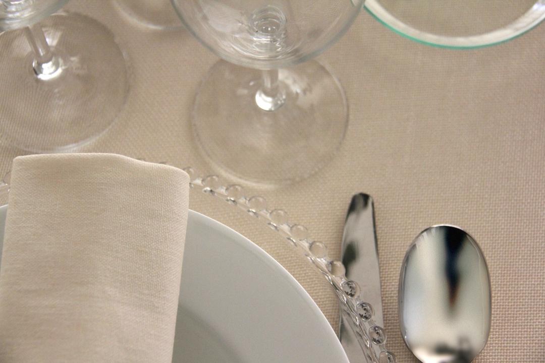alquiler de servilletas de colores 100% lino para manteles lisos en todos los colores