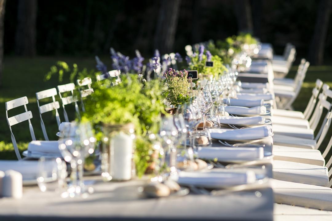 alquiler mantelería color lino para decoradores, wedding planner, empresas,