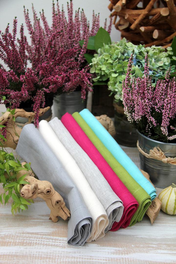 servilleta lino gris perla con mutitud de combinaciones con servilletas 100% lino: servilleta verde pistacho, servilleta piedra, servilleta rosa fucsia, servilleta turquesa, servilleta azul, servilleta vainilla y servilleta blanca